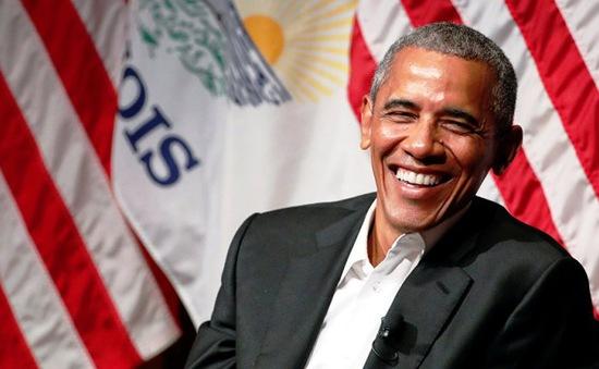 Ông Obama lần đầu xuất hiện trước công chúng sau khi rời Nhà Trắng