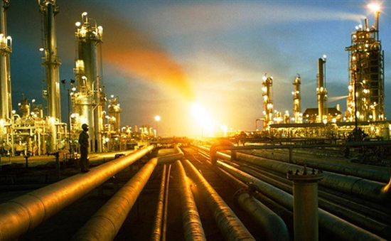 Giá dầu có thể vượt ngưỡng 100 USD/thùng