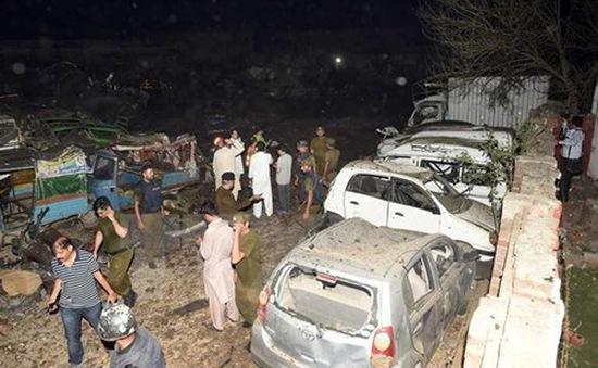 Đánh bom tại Pakistan, hàng chục người bị thương