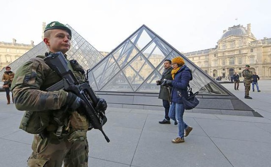 Áp lực chống khủng bố vẫn đè nặng nước Pháp