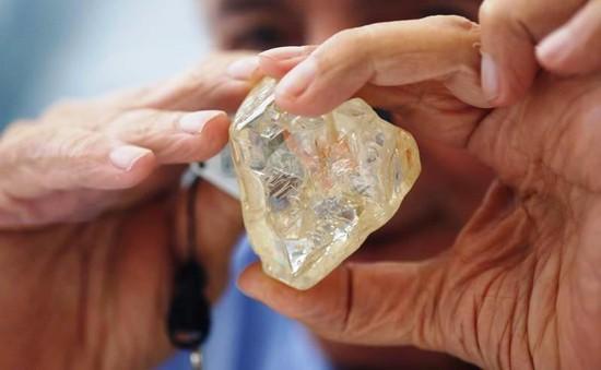 Viên kim cương Hòa bình được bán với giá 6,5 triệu USD