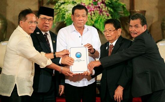 Philippines thúc đẩy thành lập khu tự trị Hồi giáo