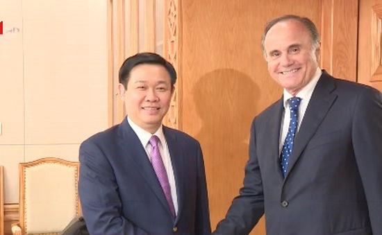 Phó Thủ tướng Vương Đình Huệ tiếp Ban lãnh đạo Ngân hàng BNP Paribas