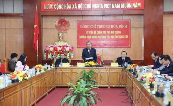 Phó Thủ tướng Thường trực Trương Hòa Bình: Lạng Sơn cần tập trung phát triển kinh tế cửa khẩu