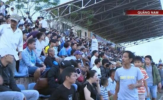 Khát khao vô địch của CĐV CLB Quảng Nam