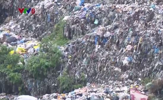 Quá tải bãi chôn lấp rác thải ở thị xã Hương Thủy, Thừa Thiên - Huế