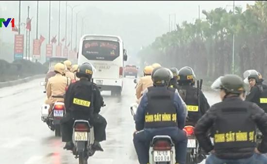 Công an Quảng Ninh ra quân đảm bảo an toàn giao thông dịp Tết