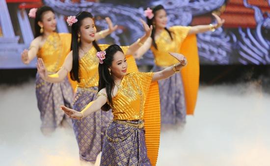 Những khoảnh khắc đẹp khó quên trong gala mở màn Liên hoan thiếu nhi ASEAN+