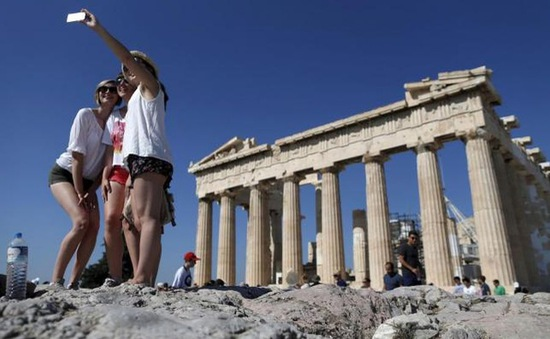 Người làm trong ngành du lịch Hy Lạp bị bóc lột lao động?
