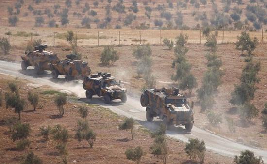 Thổ Nhĩ Kỳ bị tố đưa xe quân sự vào Syria