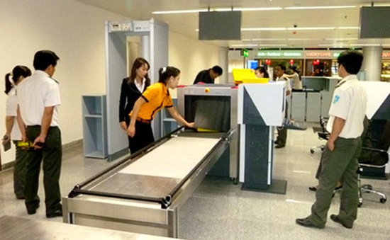 Cấm bay 12 tháng đối với nam hành khách tại TP.HCM do không nộp phạt