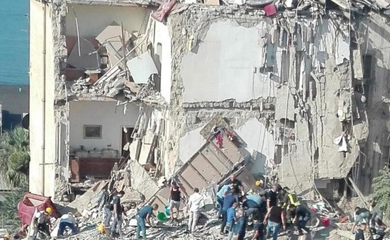 Sập chung cư tại Italy, tìm thấy 3 thi thể