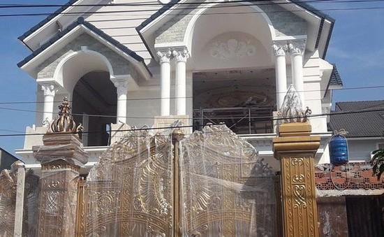 Sập giàn giáo công trình tại Đồng Nai, 2 công nhân tử vong