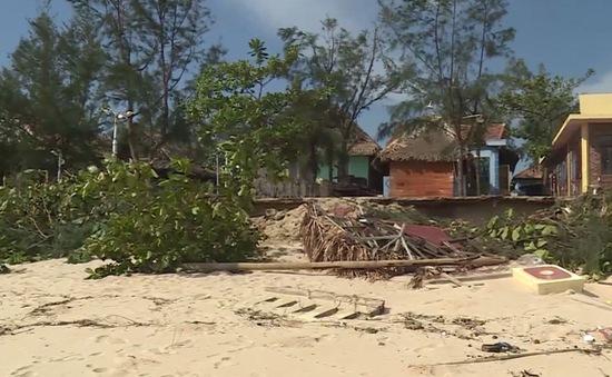 Sạt lở bờ biển nghiêm trọng tại Đồng Hới, Quảng Bình