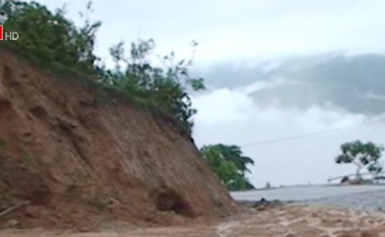 Mưa to gây sạt lở đất ở Đồng Văn, Hà Giang