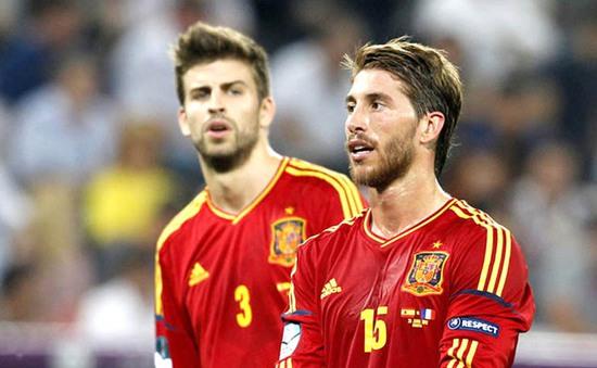 Ramos, Pique đe dọa từ giã ĐT Tây Ban Nha vì mâu thuẫn ở LĐBĐ