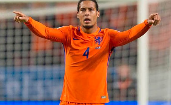 """Fan """"bóc mẽ"""" áo đấu siêu đẹp của Liverpool lấy cảm hứng từ... Van Dijk"""