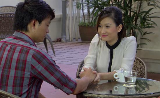 Phim Giao mùa - Tập 20: Bỏ gái bao Tố Loan (Thùy Dương), Trung (Tiến Lộc) quay lại hẹn hò với bạn gái cũ