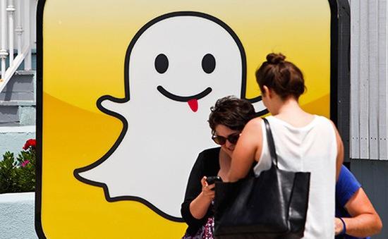 Snap đối mặt với sự canh tranh khốc liệt từ Facebook