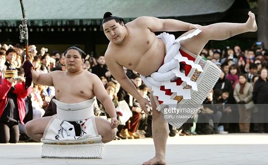 Sumo - Môn thể thao quốc gia của Nhật Bản