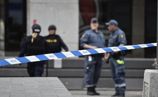 """Châu Âu đang đối mặt với xu hướng """"khủng bố giá rẻ"""""""