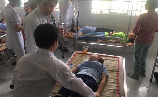 Hỗ trợ công nhân Công ty Samho bị ngộ độc 2 ngày lương