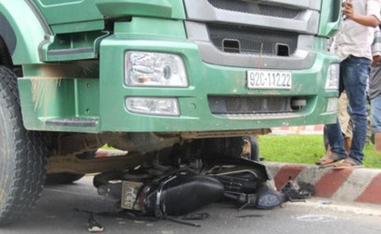 TNGT nghiêm trọng tại Đà Nẵng, 2 người tử vong tại chỗ