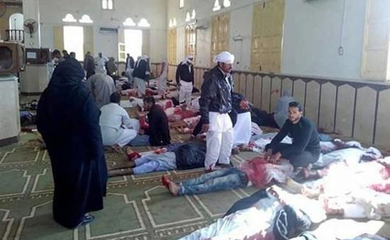 """Tấn công đẫm máu tại Ai Cập: """"Mọi con mắt"""" đang đổ dồn về chi nhánh của IS"""