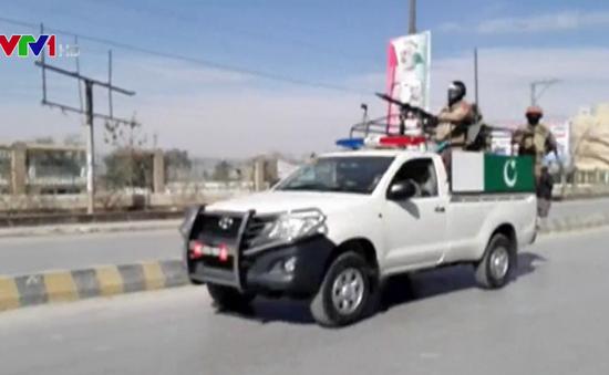 Tấn công liều chết ở Pakistan, 5 người thiệt mạng