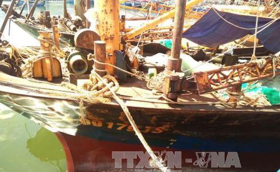 Thương lượng lần cuối về bồi thường cho ngư dân có tàu vỏ thép hư hỏng