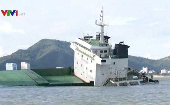 Hôm nay (12/11),  thời hạn có phương án trục vớt tàu chìm tại Quy Nhơn