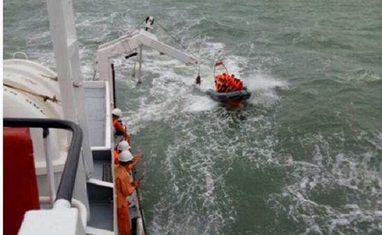 6 thành viên tàu cá bị chìm về tới Vũng Tàu