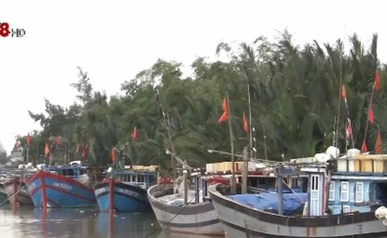 Hơn 200 tàu Quảng Nam không thể ra khơi do Cửa Đại bồi lấp