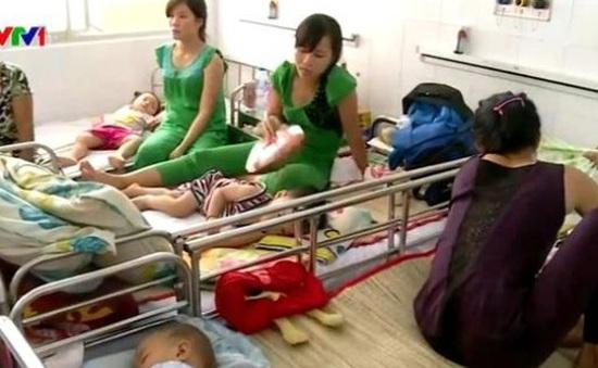 Số ca bệnh nhi mắc tay chân miệng tăng cao ở TP.HCM