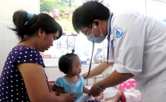 Số ca bệnh tay chân miệng ở Cà Mau tăng hơn 200%