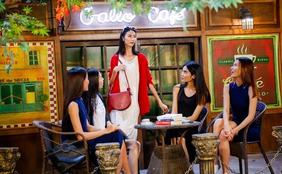 Vietnam's Next Top Model 2017: Top 5 lúng túng với thử thách quay video quảng cáo