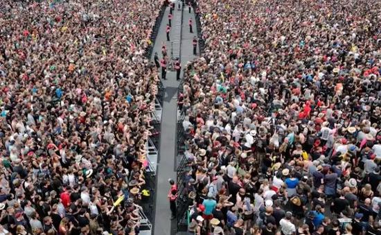 Đức sơ tán 80.000 người ở lễ hội âm nhạc do đe dọa khủng bố