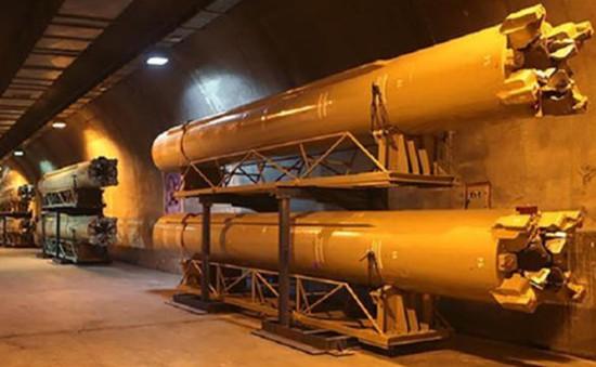 Iran xây dựng nhà máy ngầm thứ 3 sản xuất tên lửa đạn đạo