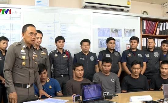 Thái Lan bắt giữ 5 đối tượng móc túi gần 100 lần ở Bangkok
