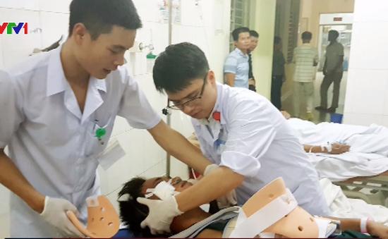 Quảng Ninh: Thang máy đứt cáp, 7 người bị thương