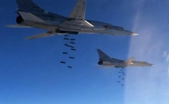 Syria: Hàng chục dân thường thiệt mạng do không kích tại vùng giảm leo thang