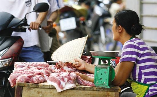 Bình Định: Triển khai nhiều giải pháp hỗ trợ người chăn nuôi lợn