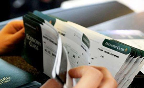 Sẽ xử lý việc mua bán thông tin khách đi máy bay