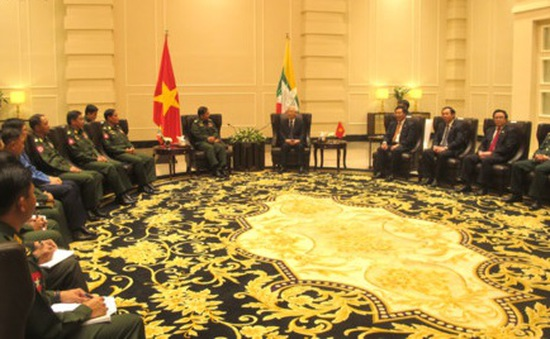 Tổng Bí thư tiếp Tổng Tư lệnh các lực lượng vũ trang Myanmar