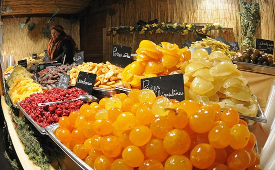 Thực phẩm cao cấp tăng giá mạnh tại Pháp mùa Giáng sinh