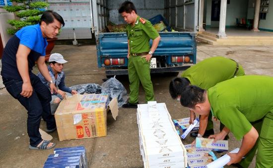 Long An: Xử lý trên 1.000 vụ vận chuyển, buôn lậu và tiêu thụ thuốc lá nhập lậu
