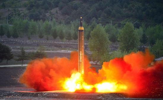 Nhật Bản giận dữ vì Triều Tiên tiếp tục thử tên lửa