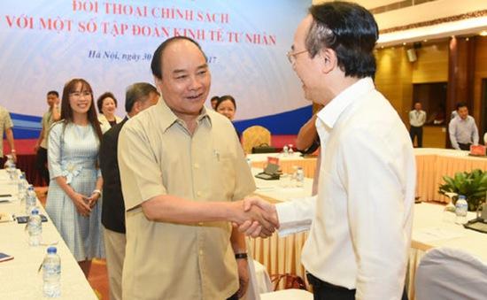 Thủ tướng đối thoại với một số tập đoàn kinh tế tư nhân