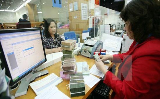 """Người Việt Nam """"gánh"""" thuế và phí trên GDP gấp 1,4 - 3 lần quốc gia khác"""
