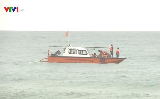 Chưa tìm thấy 2 ngư dân Quảng Bình mất tích